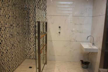 Slika za kategoriju Marmol Carrara Kupatilo
